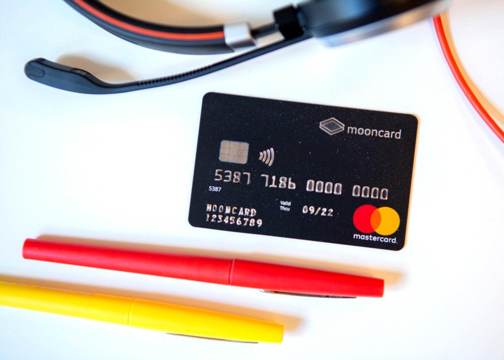 MOONCARD-carte-de-paiement