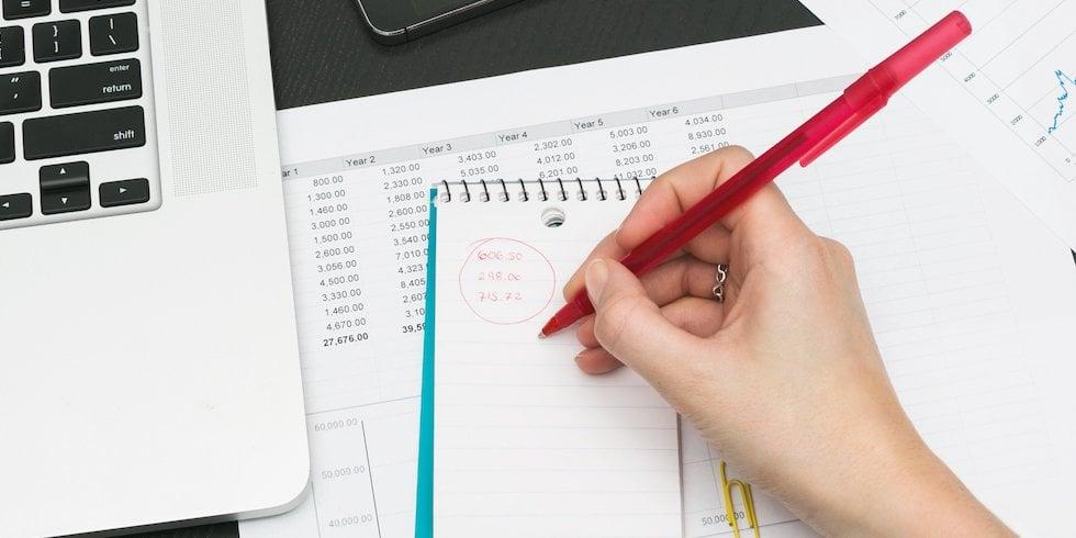 Plus de retard dans la comptabilisation de vos notes de frais !
