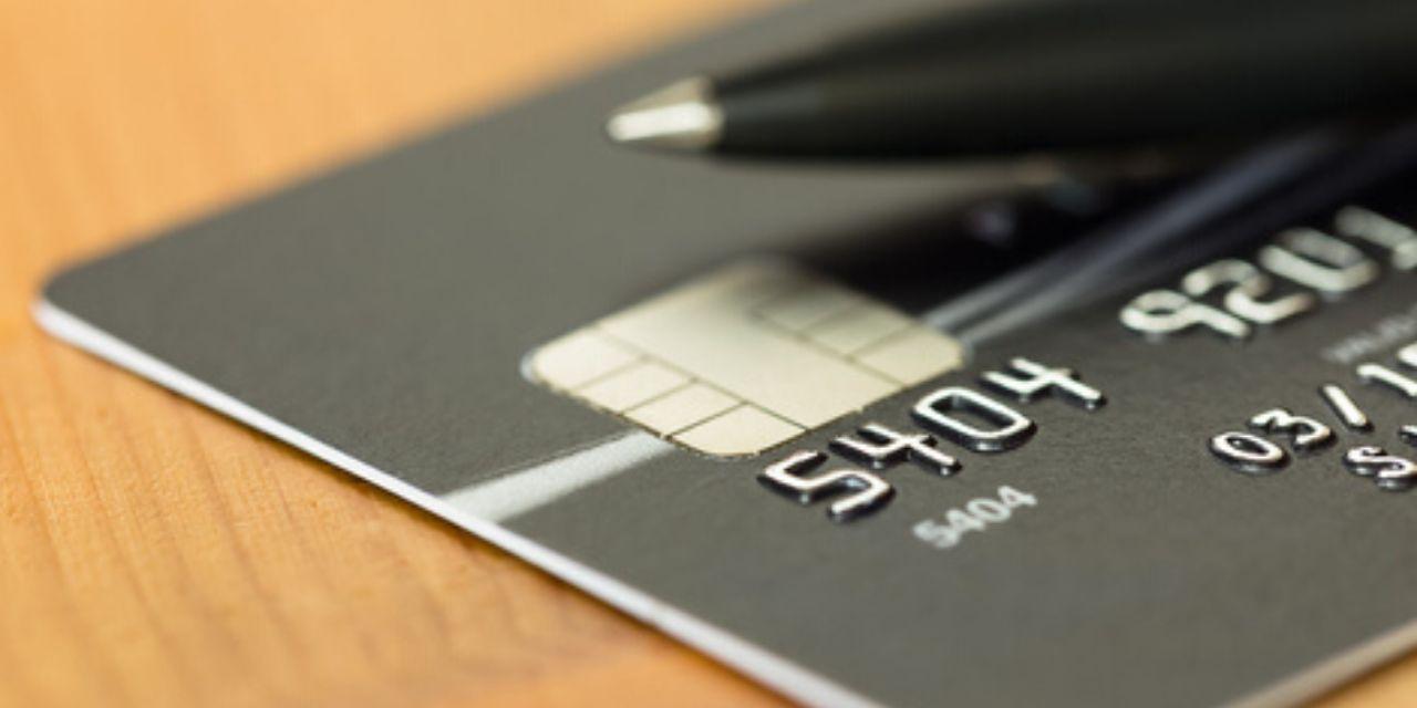 Pourquoi proposer une carte bancaire d'entreprise à vos collaborateurs ?