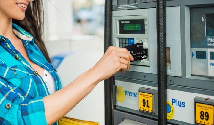 Carte essence entreprise, une solution plus simplifiée pour le transport